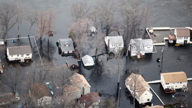 Waterlogged NJers Start Cleanup After Flood