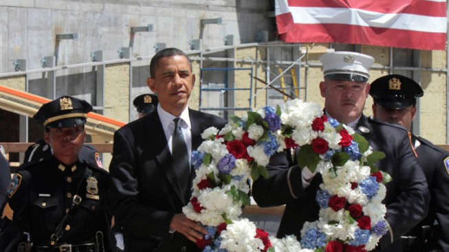Obama Visits Ground Zero, Meets with 9/11 Families After Bin Laden's Death