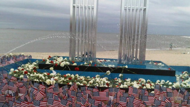 WTC Steel Links Long Island Mourners to 9/11 Victims