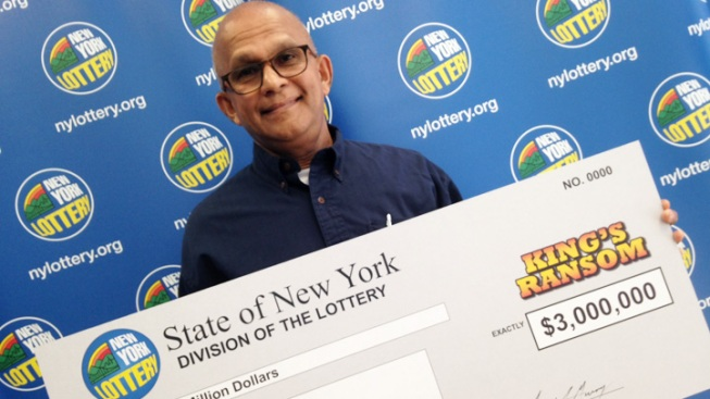 Rockefeller Center Security Guard Wins Lottery Jackpot With Ticket Bought on Lunch Break