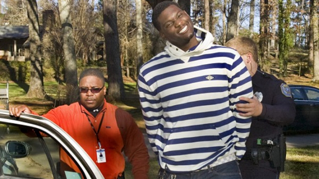 Raiders' McClain Held on Assault, Gun Charges