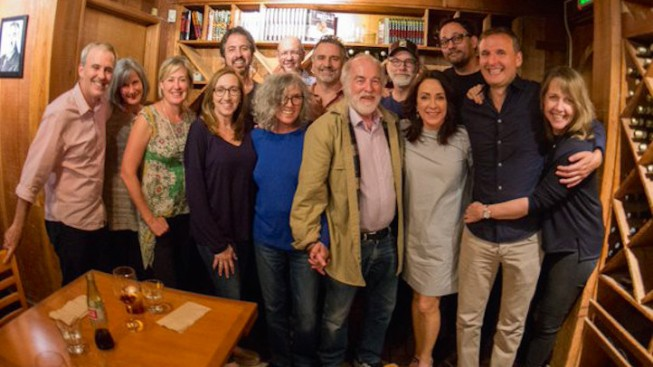 'Everybody Loves Raymond' Cast Reunites to Honor Doris Roberts