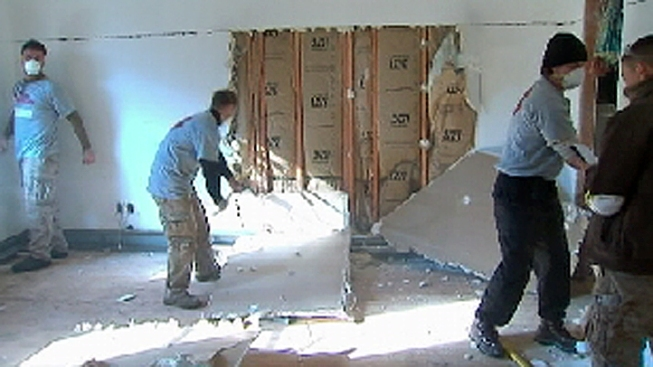 Team of Veterans Brings Relief to Rockaway