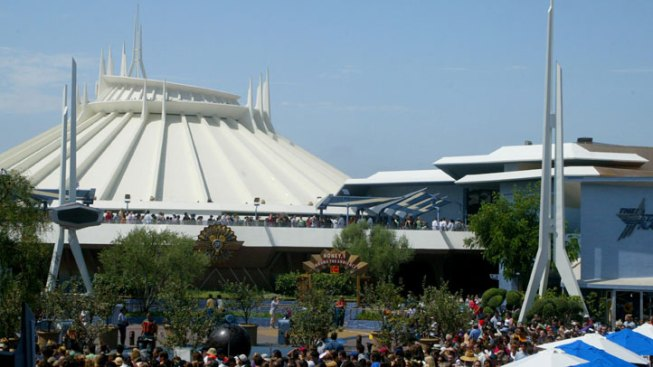 Space Mountain Closed as Disneyland Reviews Worker Safety