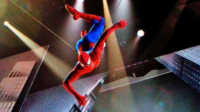 "Injured Broadway ""Spider-Man"" Actor to Rejoin Show"