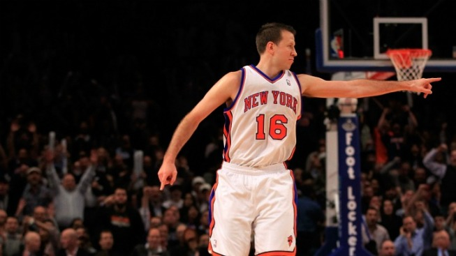 A Tale of Two Halves Ends Well for Knicks