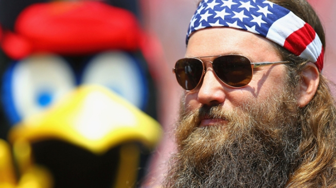 """""""Duck"""" Son Robertson Makes Nice in Fox Interview"""