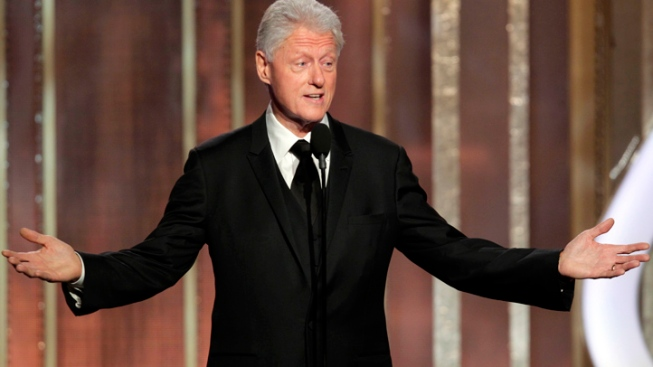 "Bill Clinton Tees Up ""Lincoln"" at Globes"