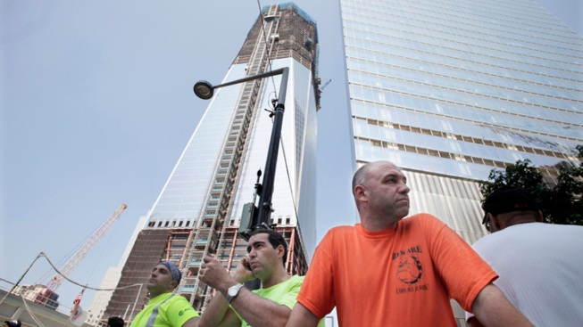 Carpenters Join Work Stoppage at WTC Site