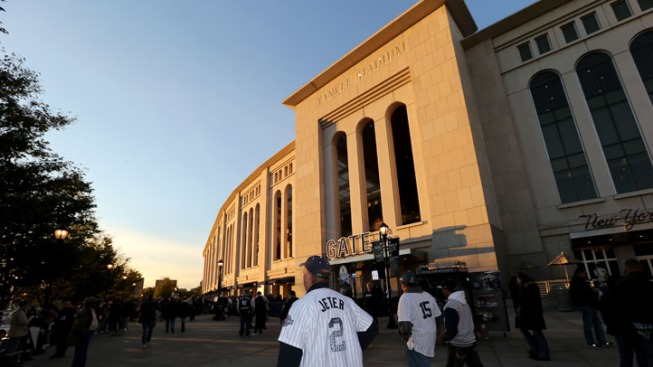 Yankees, StubHub Battle in Ticketing Turf War