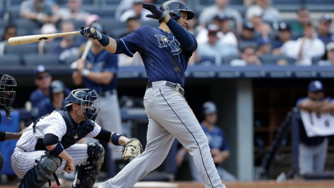 Yankees Lose to Rays, 3-1, After Lonely Hits Two-Run Single
