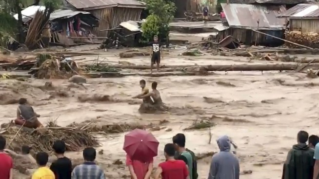 Typhoon Ravages South Philippines With 120 Dead, 160 Missing
