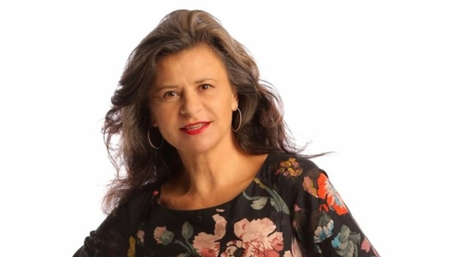 "Q&A: Tracey Ullman on ""The Band Wagon,"" ""Into the Woods"" and Her Career in Comedy"
