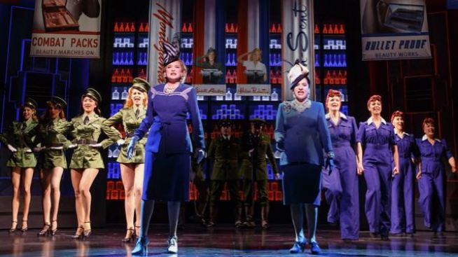 Patti LuPone and Christine Ebersole Deftly Apply 'War Paint'