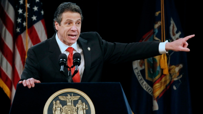 Cuomo OKs Bill to Shun Companies Doing Iran Trade