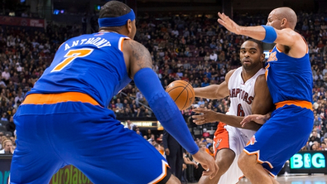 Knicks Fall to Raptors 100-98