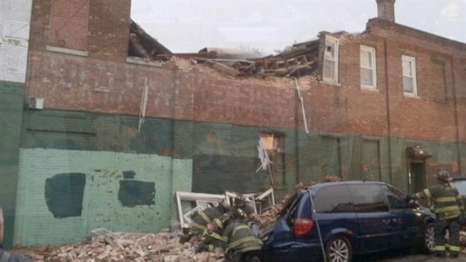 Abandoned Furniture Store Collapses In Queens Nbc New York