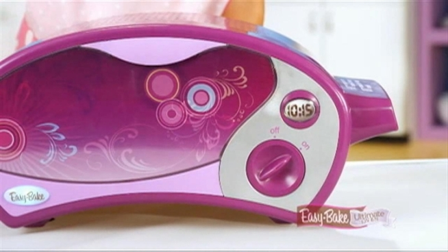 A young girl wants her brother to have an Easy-Bake Oven, but she can't find one that's marketed to boys, so she's taking on Hasbro.  Checkey Beckford reports.