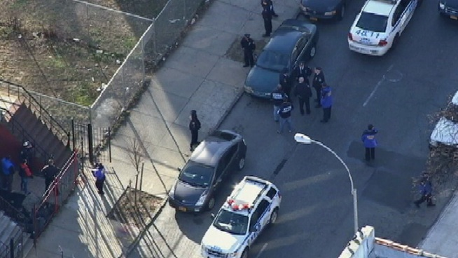 Toddler, Dad Shot in Brooklyn Park