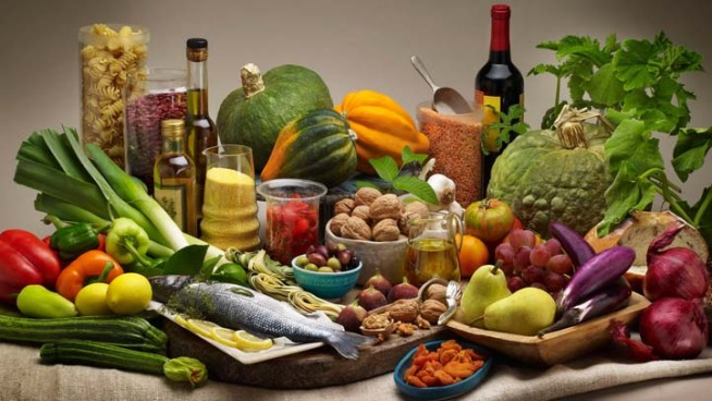 Mediterranean Diet Helps Cut Risk of Heart Attacks, Strokes: Study