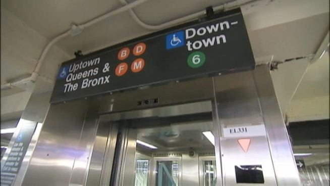 There's a new subway connection in Lower Manhattan.It links the Bleecker Street 6 station uptown platform and the Broadway-Lafayette Street B-D-F-M station. Andrew Siff reports.