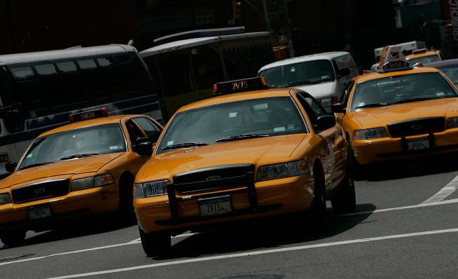 Tourist Pepper Sprays Cabbie to Avoid Fare: Cops