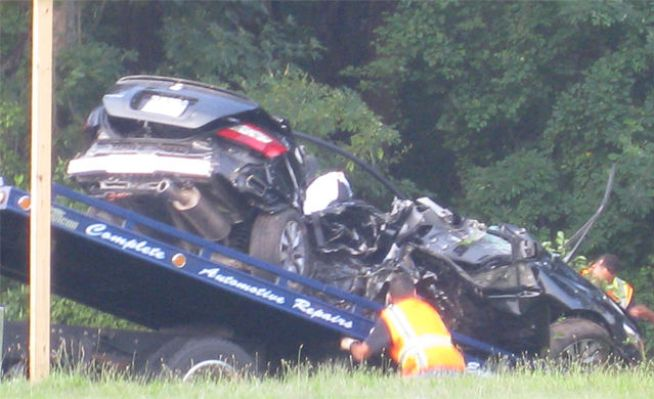 Three Killed, One Critical in Wantagh Parkway Crash