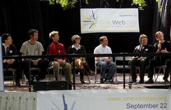 One Web Day Brings Internet Pioneers Together for Good Cause