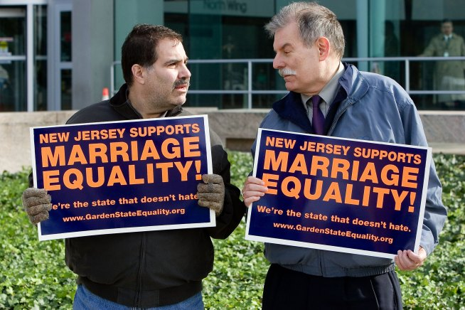 NJ Gay Marriage Advocates Go Back to Court for Equality