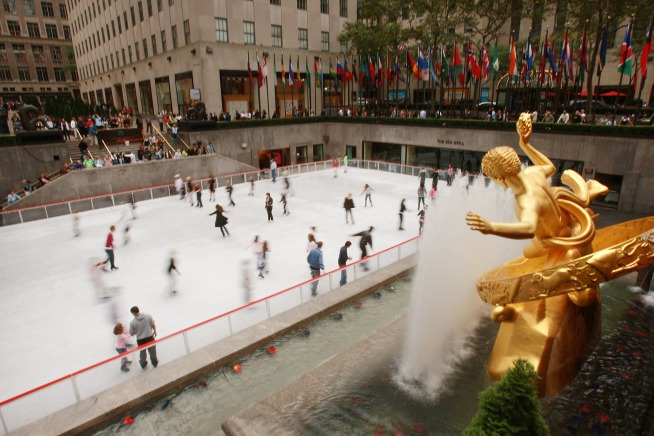 Ice Rink now Open at Rockefeller Center