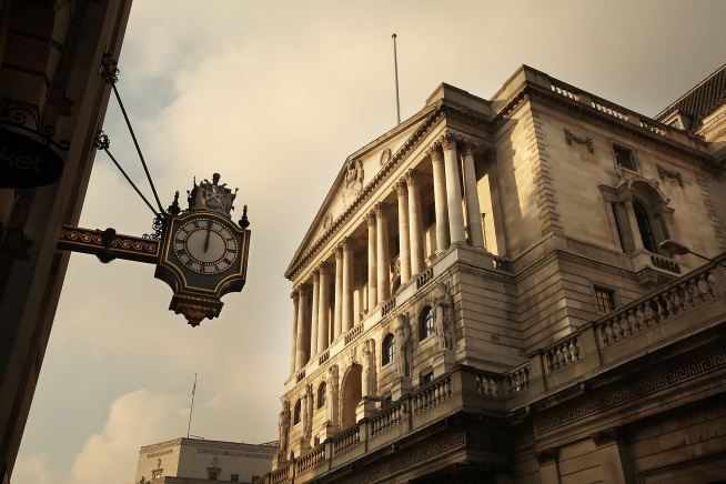 Brits' Interest Rates Lowest Since 1694