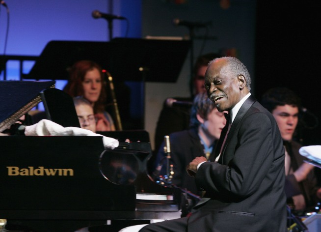 Jazz Great Hank Jones Dies in New York