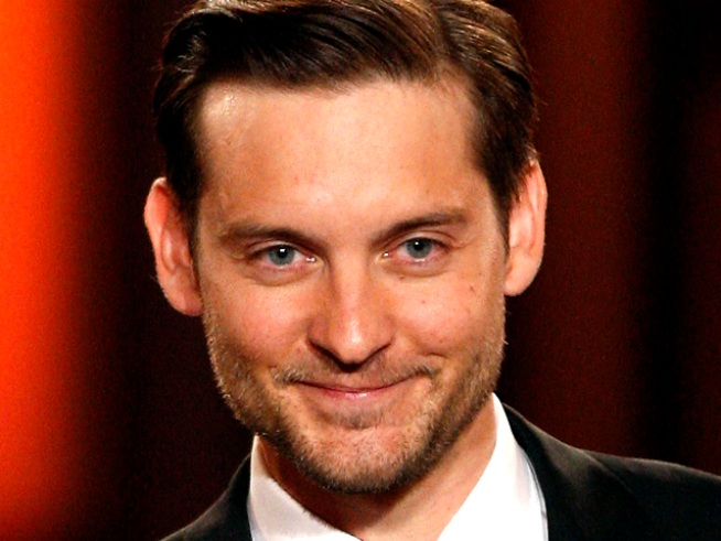 "Tobey Maguire Denies ""Hobbit"" Rumors"