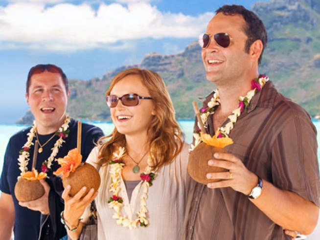 "Fans Check in for ""Couples Retreat"" With $35.3M"