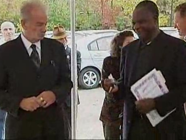 Florida Pastor Terry Jones was given a free car for NOT making good on his threat to burn a Koran on September 11 -- then he gave it to a women's charity.