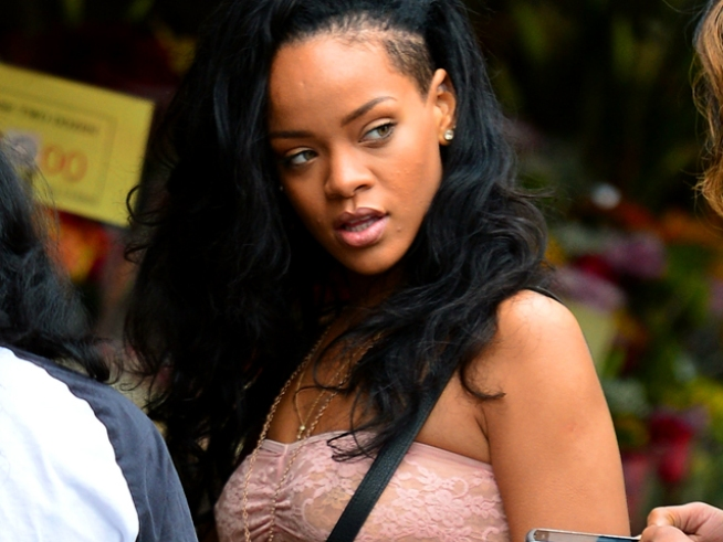 "Rihanna: Domestic Violence Collaboration With Eminem ""Needed to Be Done"""