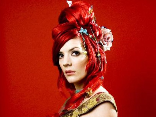 9/22: Meet Gabby Young + Pavement, Guillermo del Toro