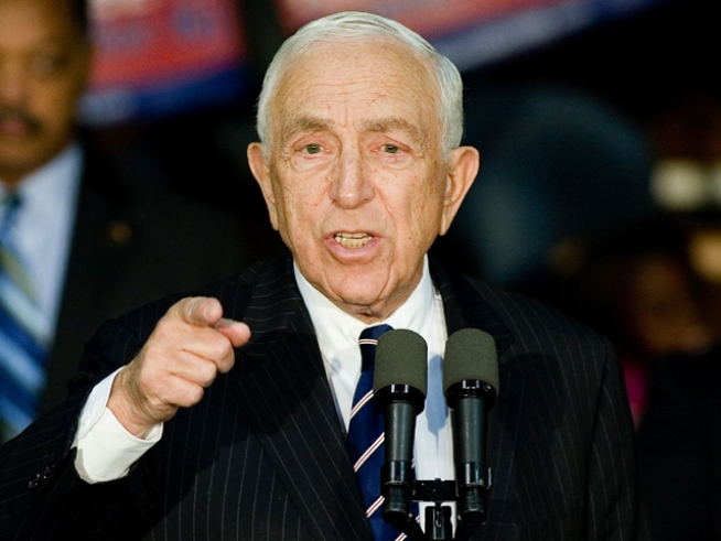 Lautenberg Invested in Wall Street Schemer's Fund