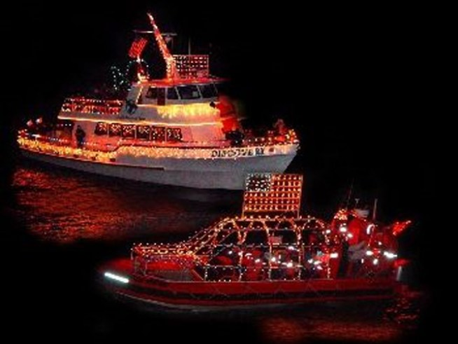 11/28-29: NYC Lighted Boat Parade