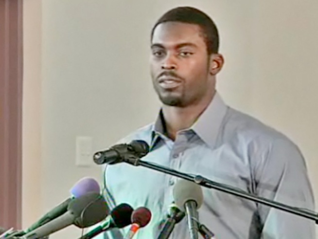 Michael Vick just returned to the NFL and took a time-out to spread an anti-dogfighting message with support from the Humane Society.