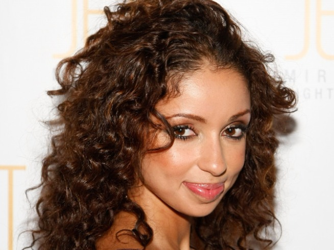 "Mya Scores Another Perfect 10 ""Dancing"""