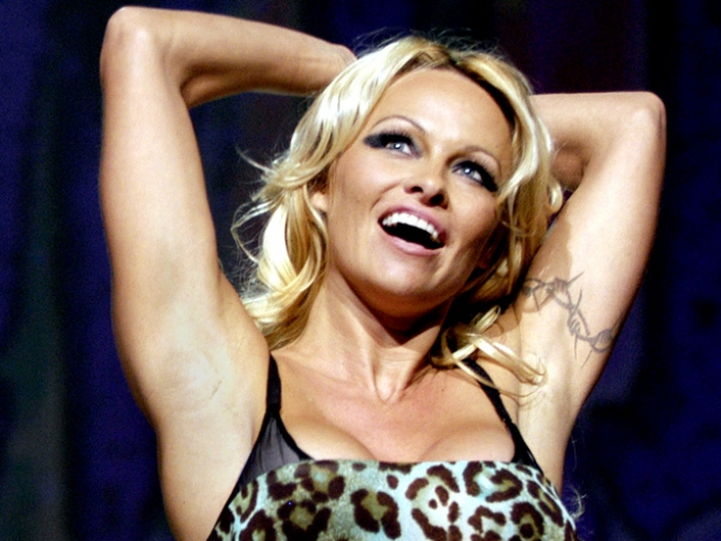 "Pam Anderson Voted Off in ""Dancing"" Elimination"