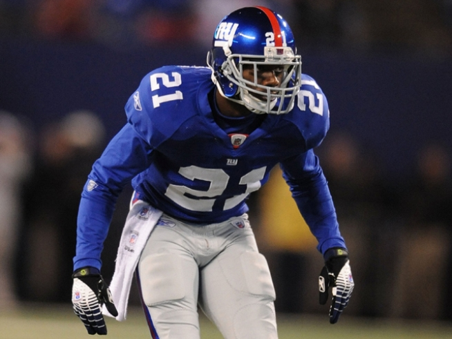 Giants Safety Kenny Phillips Out for Season