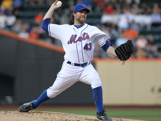Mets Beat Braves, 4-2