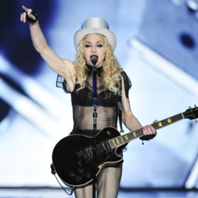 Madonna To Release New Songs On Greatest Hits Album