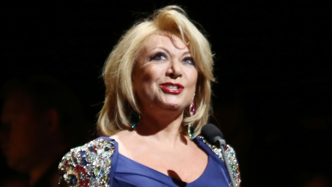 Elaine Paige to Make Town Hall Debut