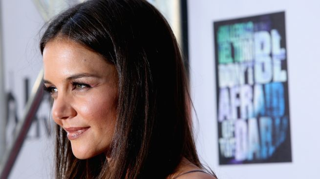 "Broadway Casting Roundup: Katie Holmes, Glenn Close and Annie's New ""Sandy"""
