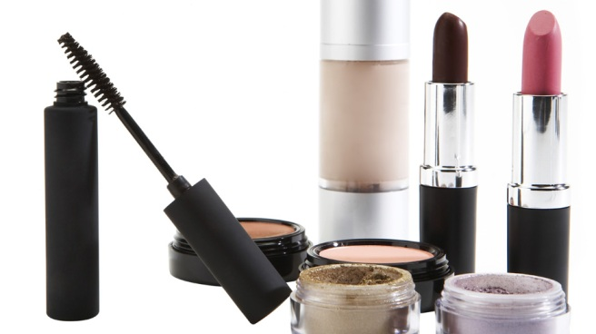 Where to Find Your Favorite Discontinued Cosmetic Product