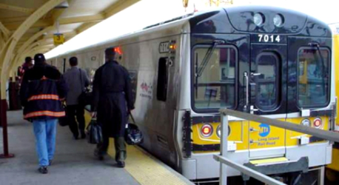 Body Found on LIRR Tracks in Mineola