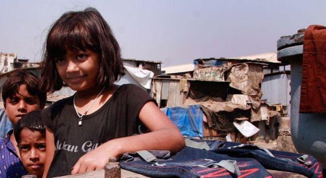 """Slumdog"" Star Says Home Lost in Mumbai Fire"